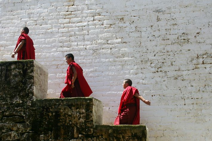 Foto von Mönchen in Bhutan