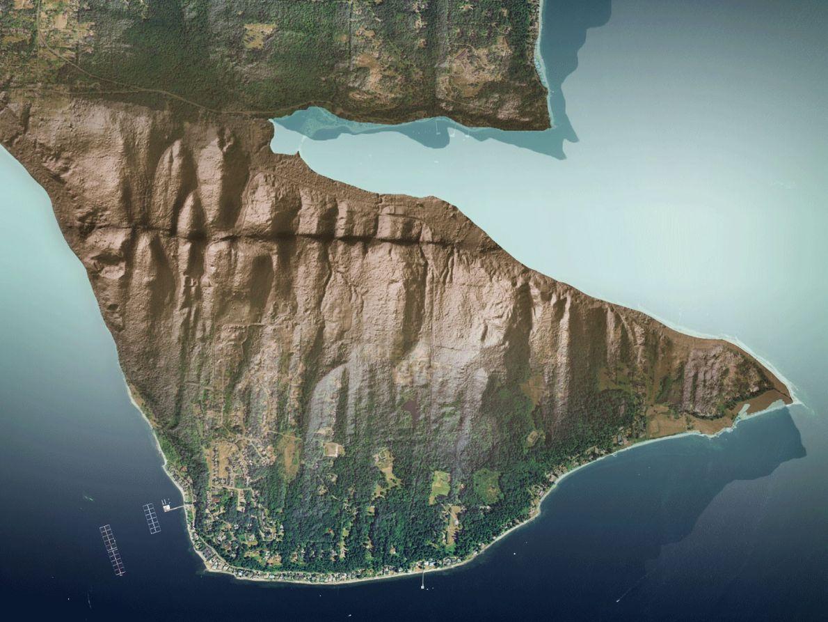 Der Verlauf der Toe-Jam-Verwerfung auf Bainbridge Island von Washington wird normalerweise durch die Vegetation verdeckt. Auf ...
