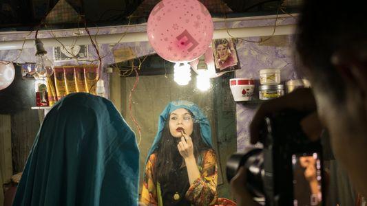 Pakistans leidenschaftliche junge Künstler trotzen den Stereotypen