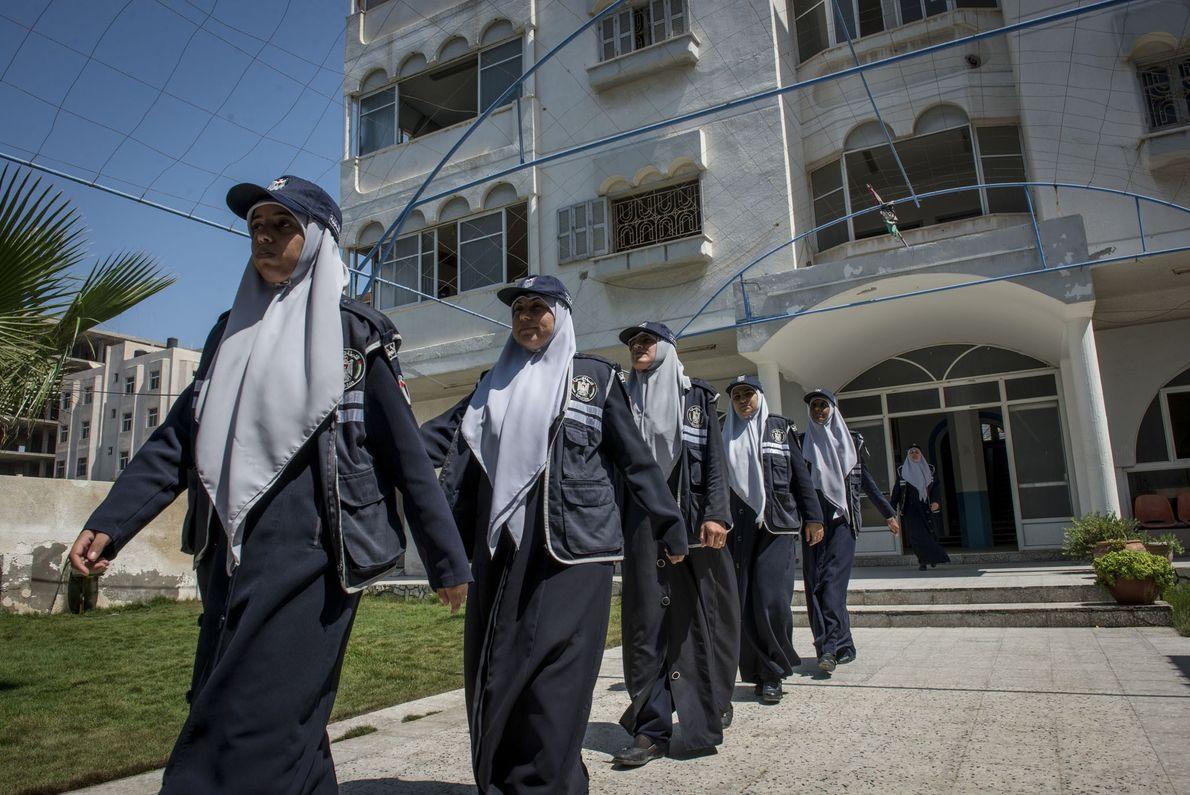 Weibliche Polizeitruppe