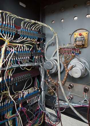 Ein Großteil der originalen wissenschaftlichen Ausrüstung im Observatorium wird weiterhin für pädagogische Zwecke genutzt.