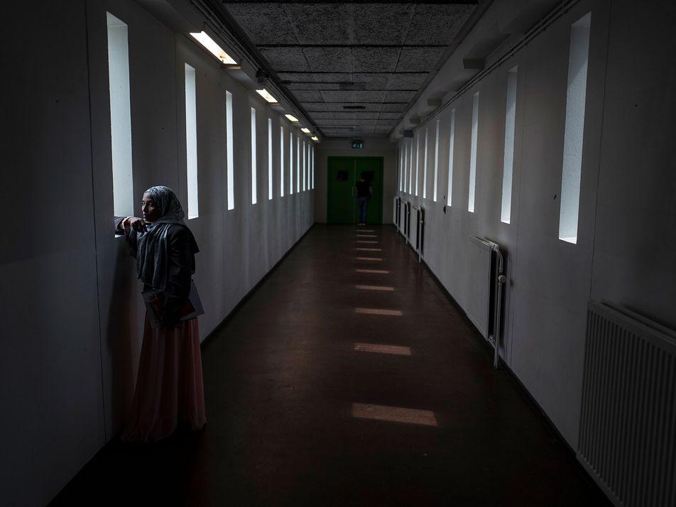 Leere Gefängniszellen bieten Flüchtlingen eine Unterkunft