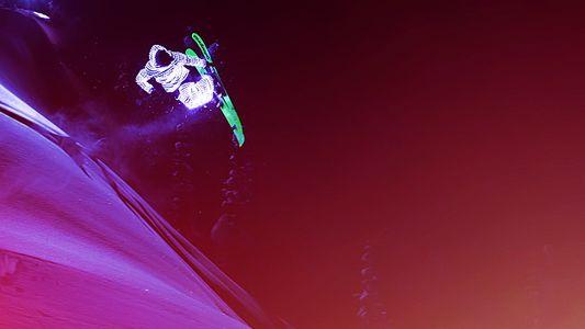 Eisiges Spektakel: Skifahrer, die wie Sternschnuppen leuchten