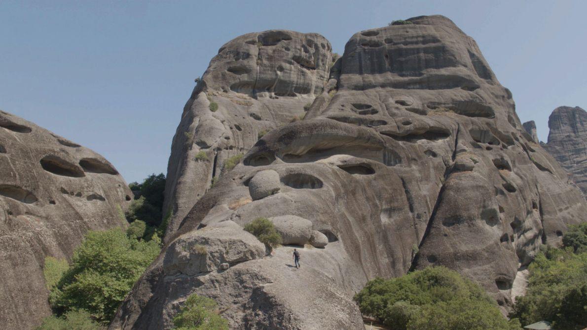 Griechenland: In der Meteora-Region hat eine komplexe Geologie Säulen aus Sandstein und Konglomerat hervorgebracht. Diese robuste ...