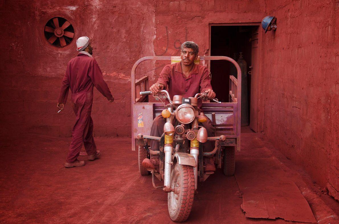 Ocker-Minenarbeiter im Iran
