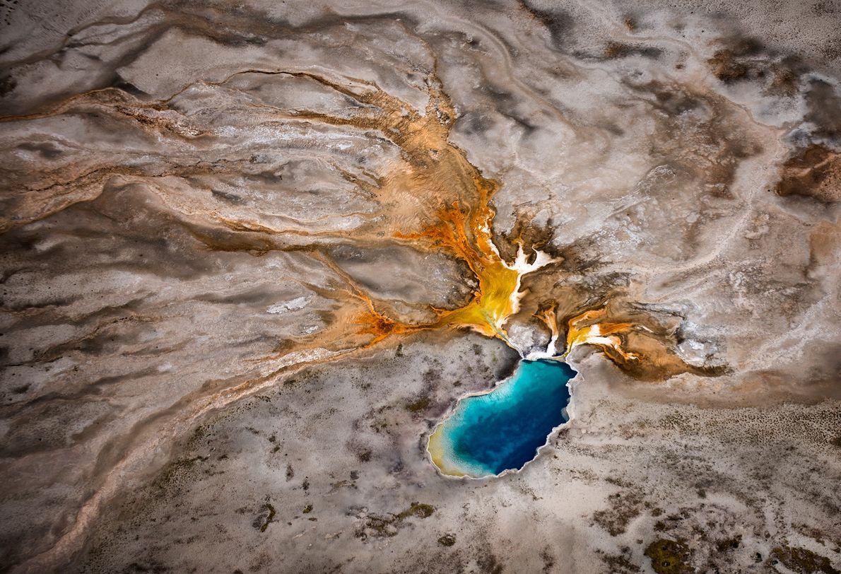 Ein geothermales Phänomen im Yellowstone-Nationalpark
