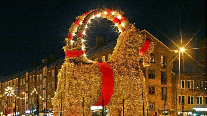 Was ist ein Julbock und warum brennt dieser immer wieder ab?