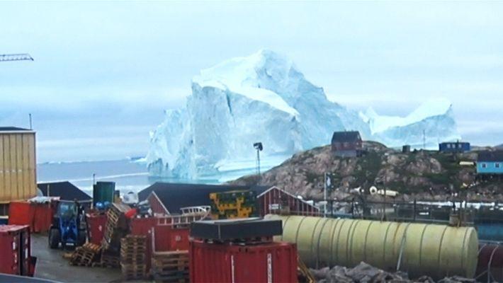 Eisbergwarnung: Grönländische Siedlung evakuiert