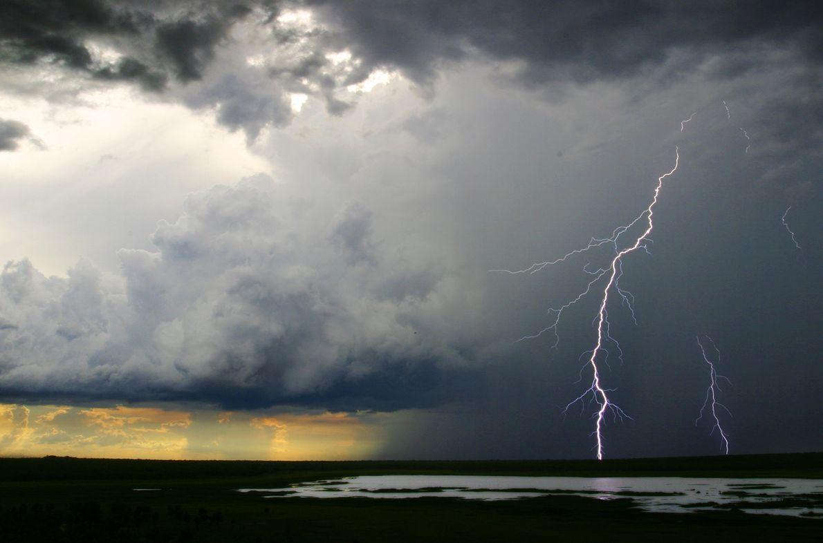 18_epic_summer_storms_lightning