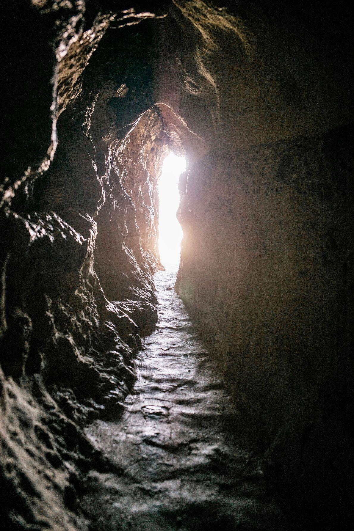 Das Kloster von Antonius dem Großen in der östlichen Wüste Ägyptens ist der Ort, zu dem ...