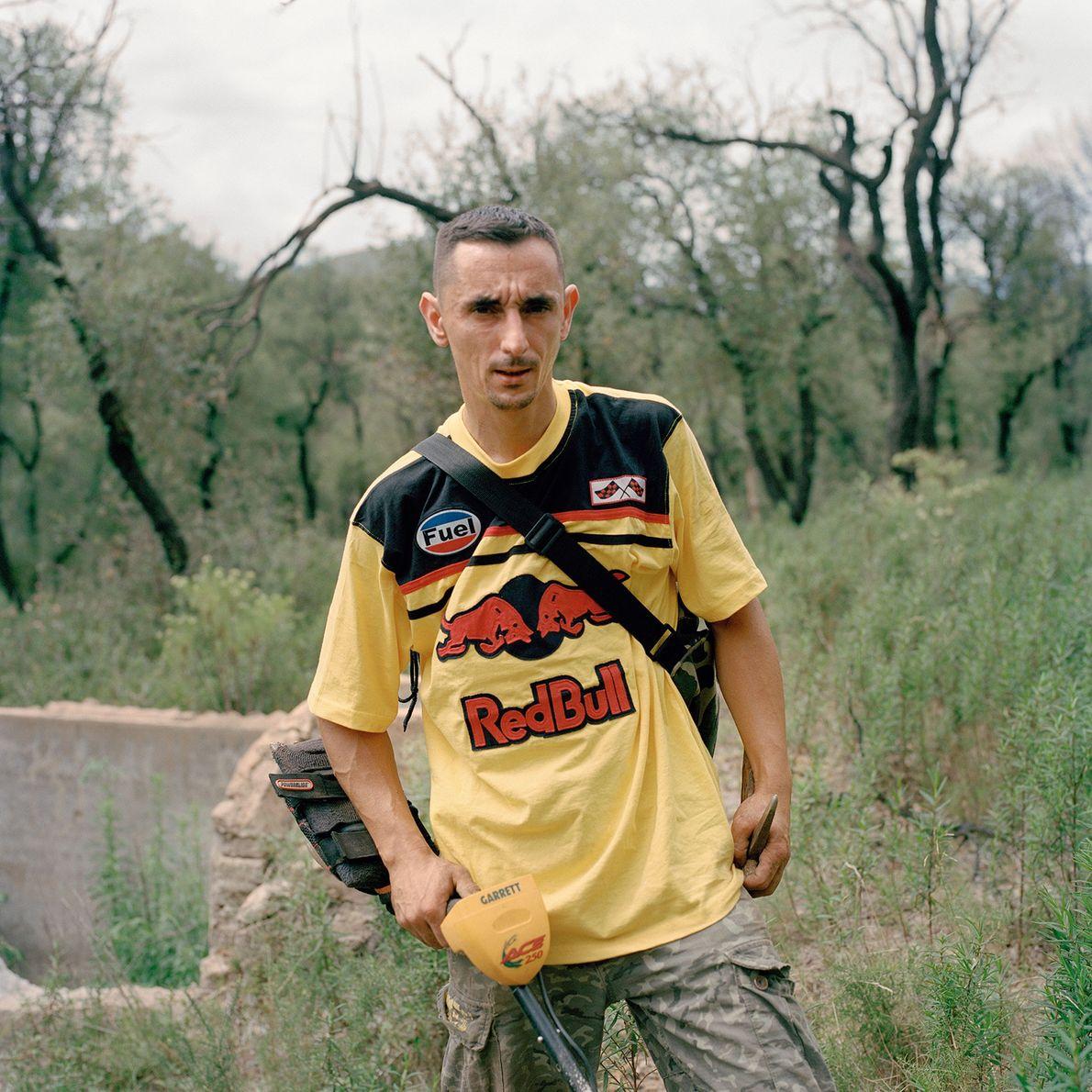 Marc Matí mit Metalldetektor