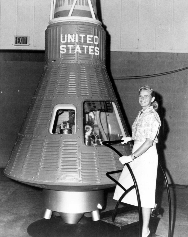 Die Mercury 13 waren eine Gruppe weiblicher Astronautenanwärterinnen, die den gleichen physischen Untersuchungen unterzogen wurden wie ...