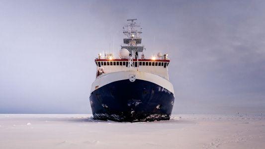 Galerie: Deutsches Forschungsschiff: Ein Jahr eingefroren in der Arktis
