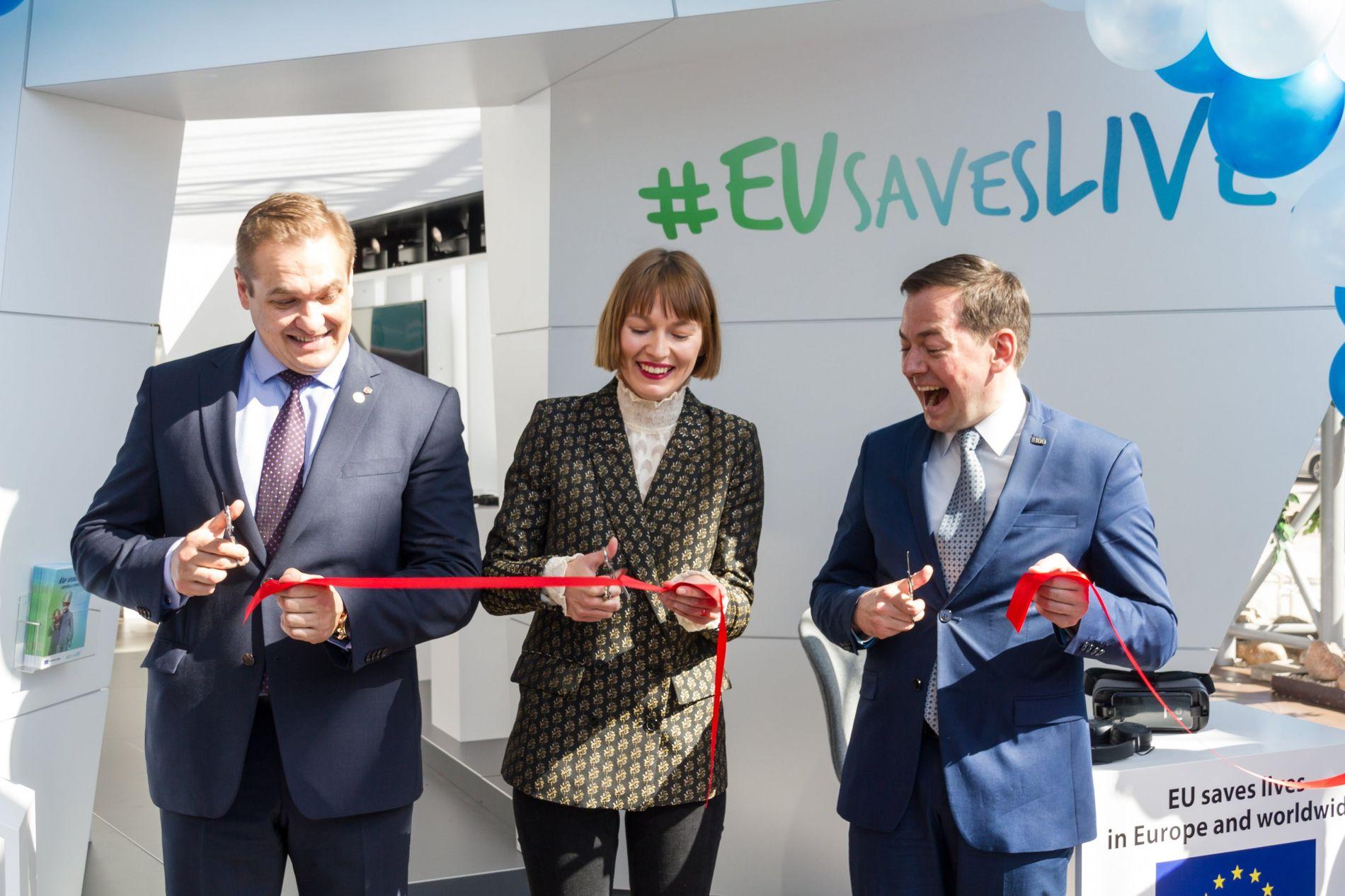 V.l.n.r.: Eimutis Misiūnas (Innenminister Litauens), Beata Tiškevič (Radiomoderatorin & Autorin) und Arnoldas Pranchevicius (Leiter der Vertretung ...