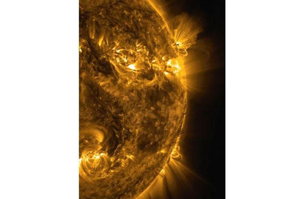 """Das brodelnde Durcheinander in der Atmosphäre unserer Sonne, festgehalten vom """"Solar Dynamics Observatory"""" (""""SDO"""") der Nasa …"""