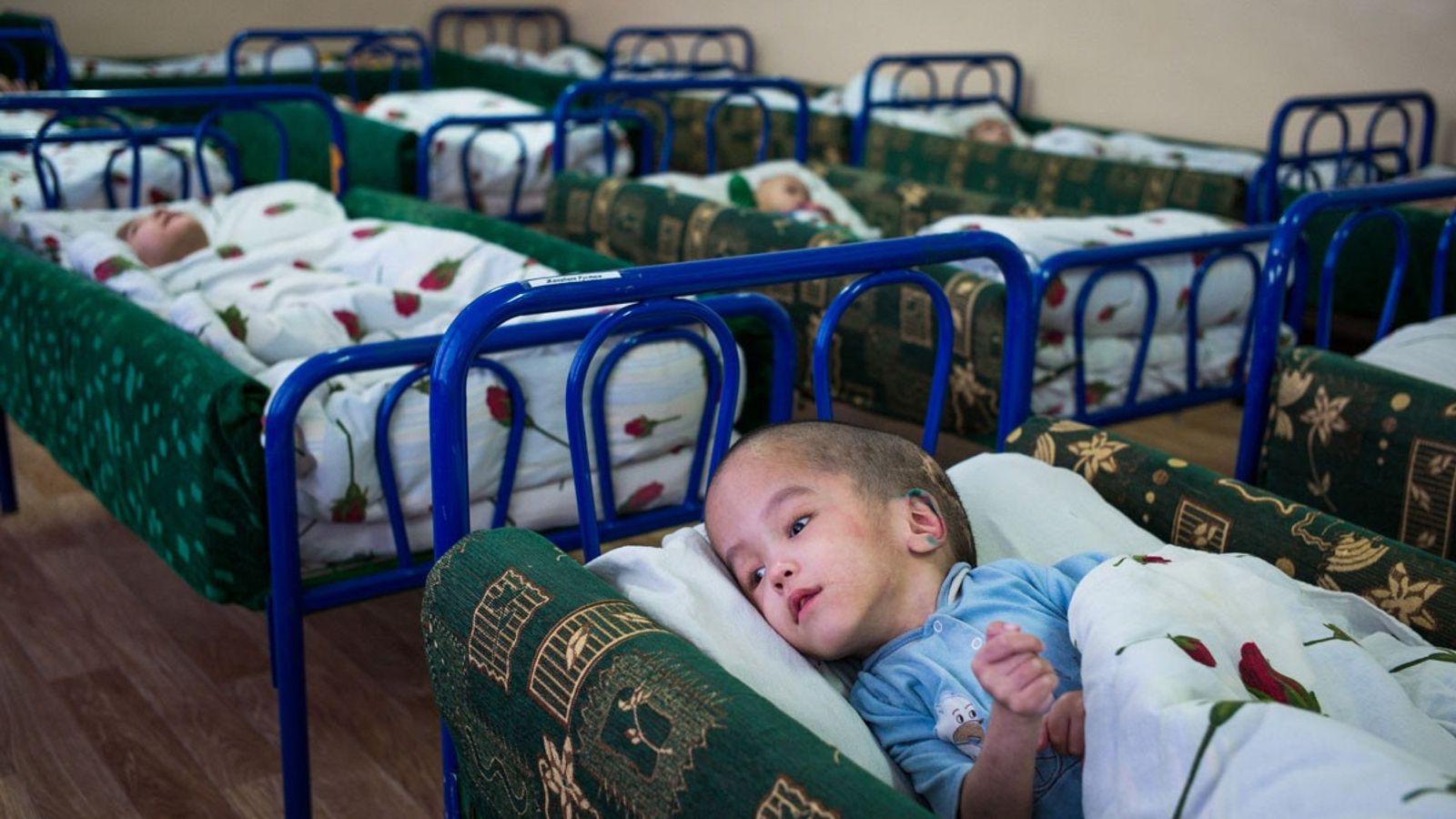Junge in Bett