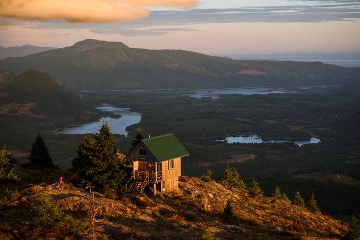 Die ersten Abschnitte des Sunshine Coast Trails wurden 1992 angelegt. Heute ist er Kanadas längster Hüttenwanderweg.