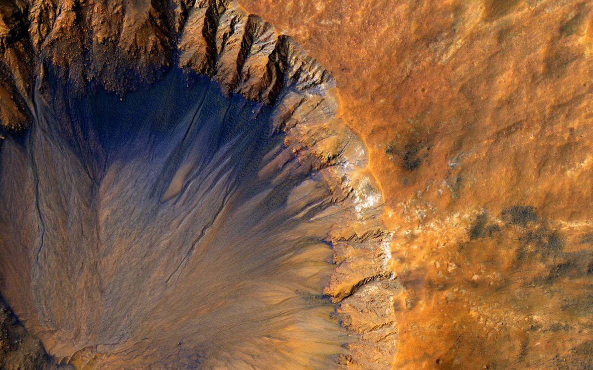 Krater nahe dem Sirenium Fossae