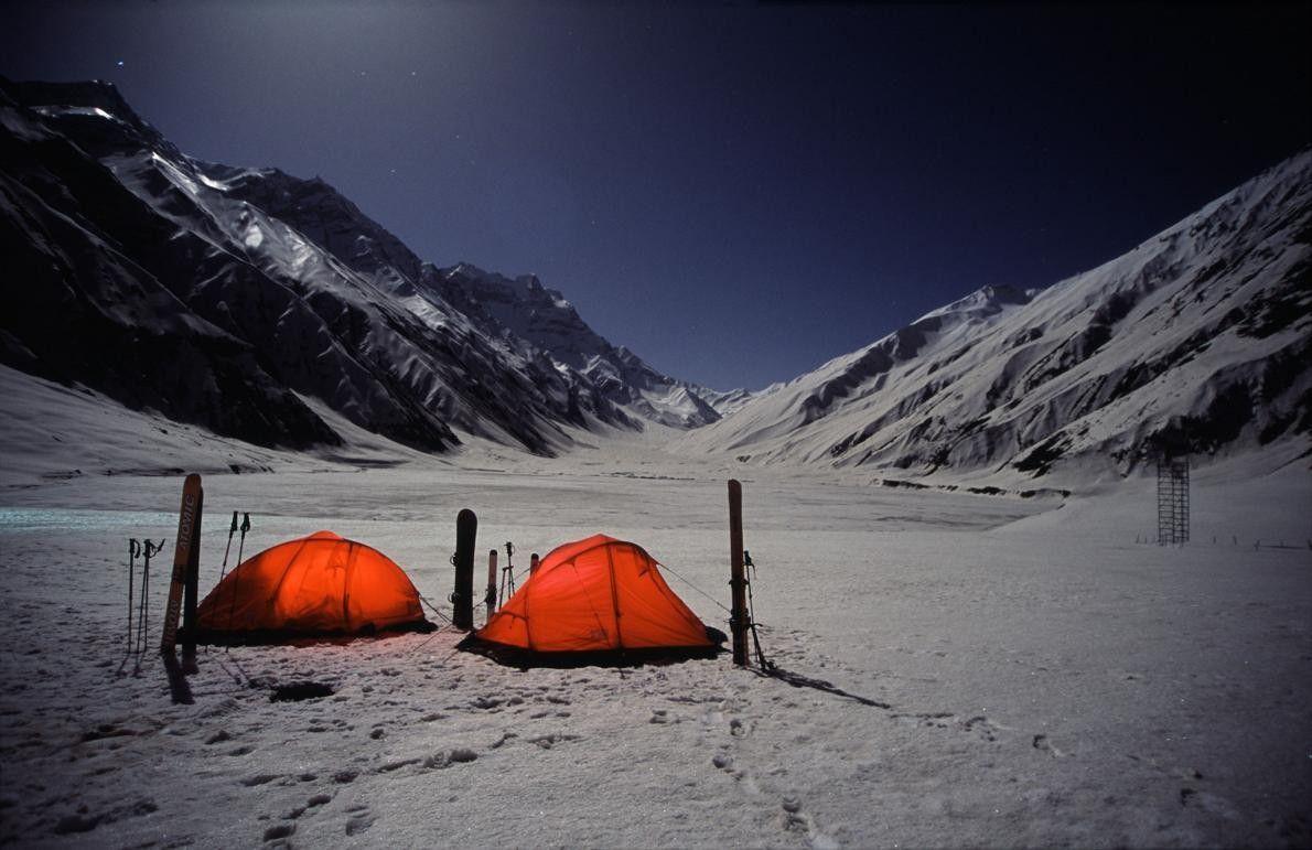 Nacht im Khagan-Tal