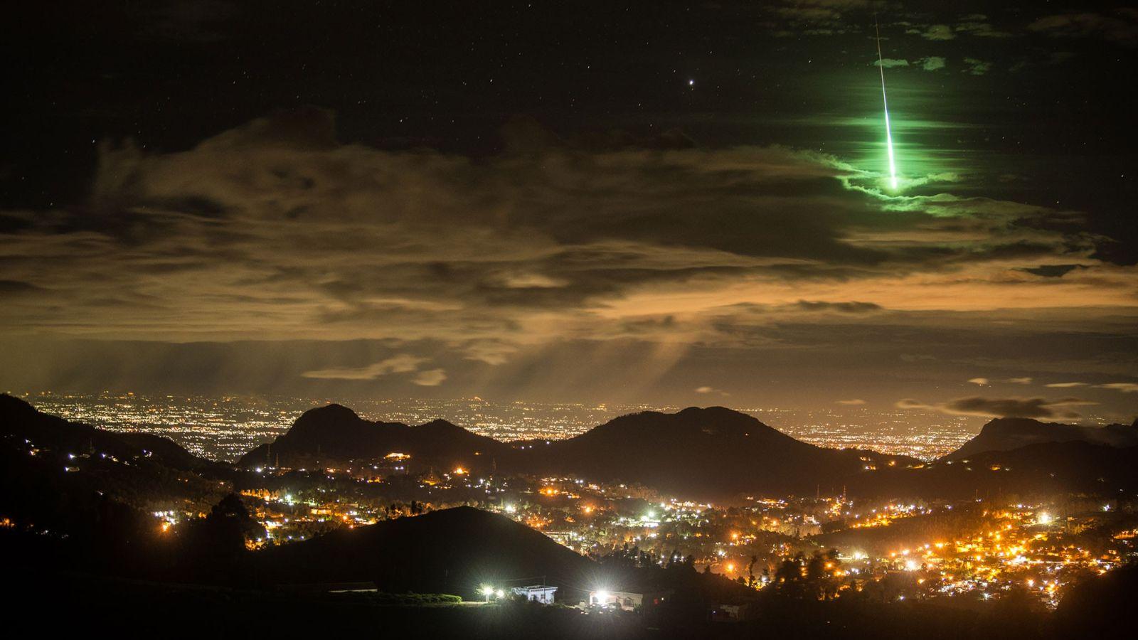 Himmelsinseln bei Nacht