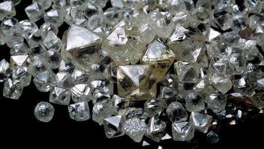 Forscher vermuten gewaltigen Diamantenvorrat im Erdmantel