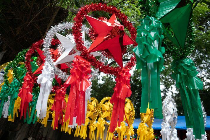 """Eigentlich stand der Parol einfach für den Weihnachtstern – der Name wurde vom Spanischen """"farol"""" (Laterne) ..."""
