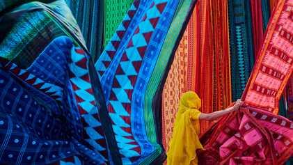 Saris: Indiens traditionellste Tracht scheut keinen Wandel
