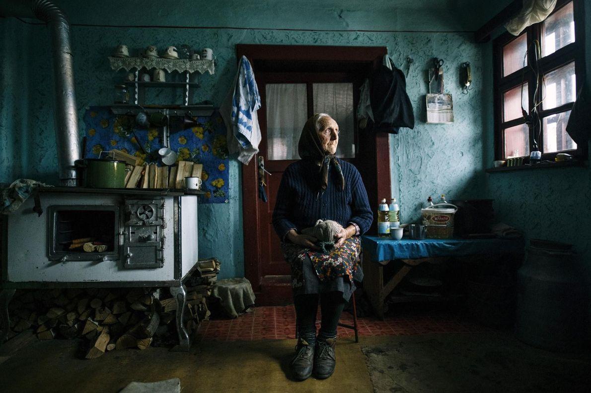 Ana aus Holbav, Brasov, Rumänien