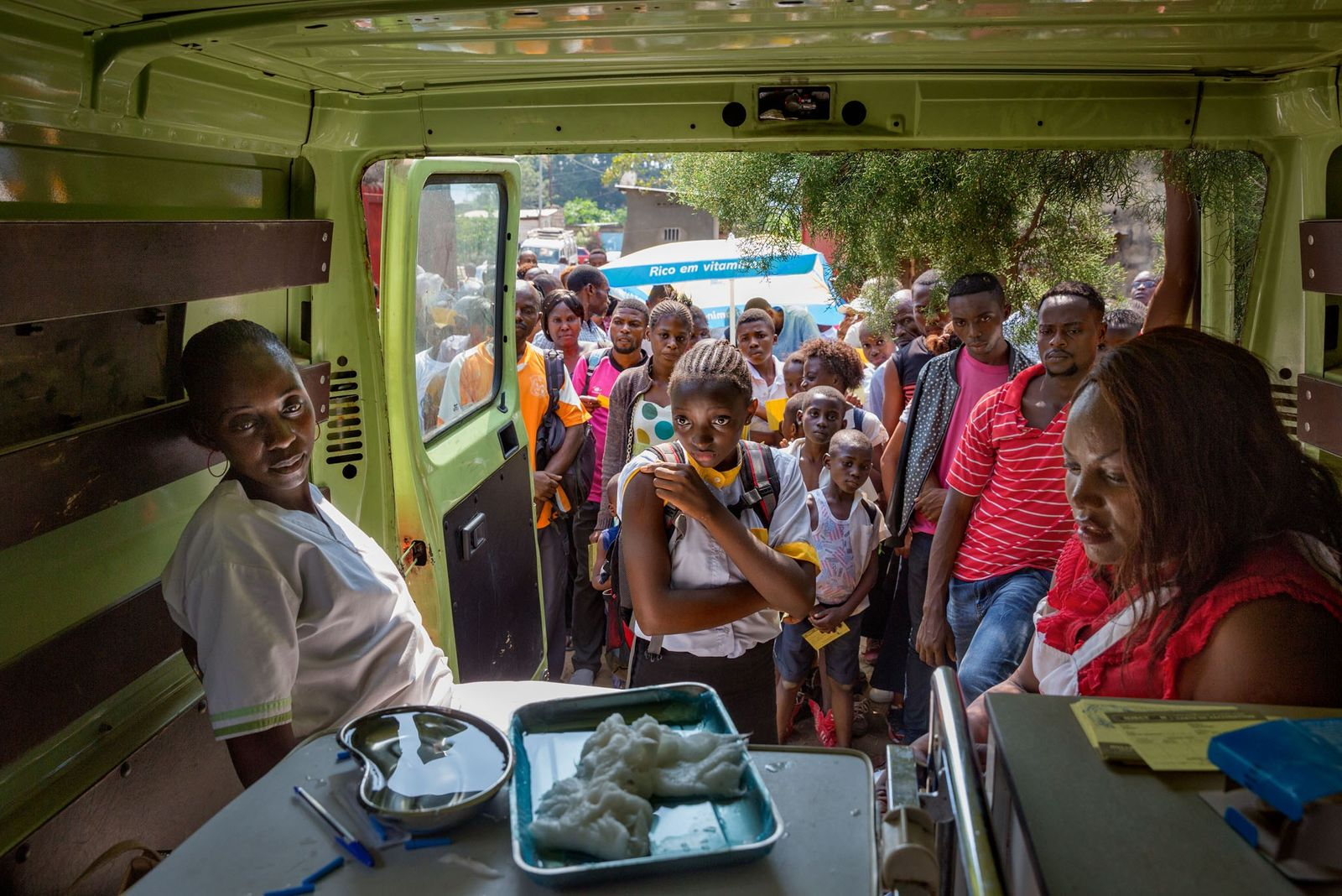 Im Jahr 2016 hatten Gesundheitsarbeiter durch einen Ausbruch von Gelbfieber, das sich vom benachbarten Angola her ...