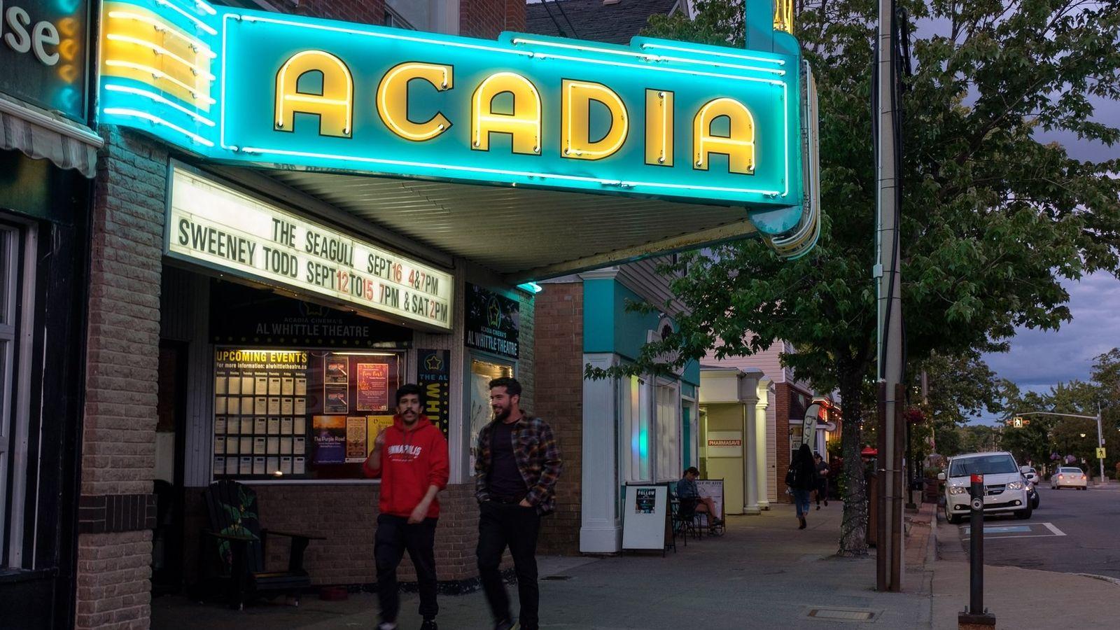 Das Acadia Cinema in der Main Street in Wolfville ist ein Wahrzeichen der Stadt und geht ...