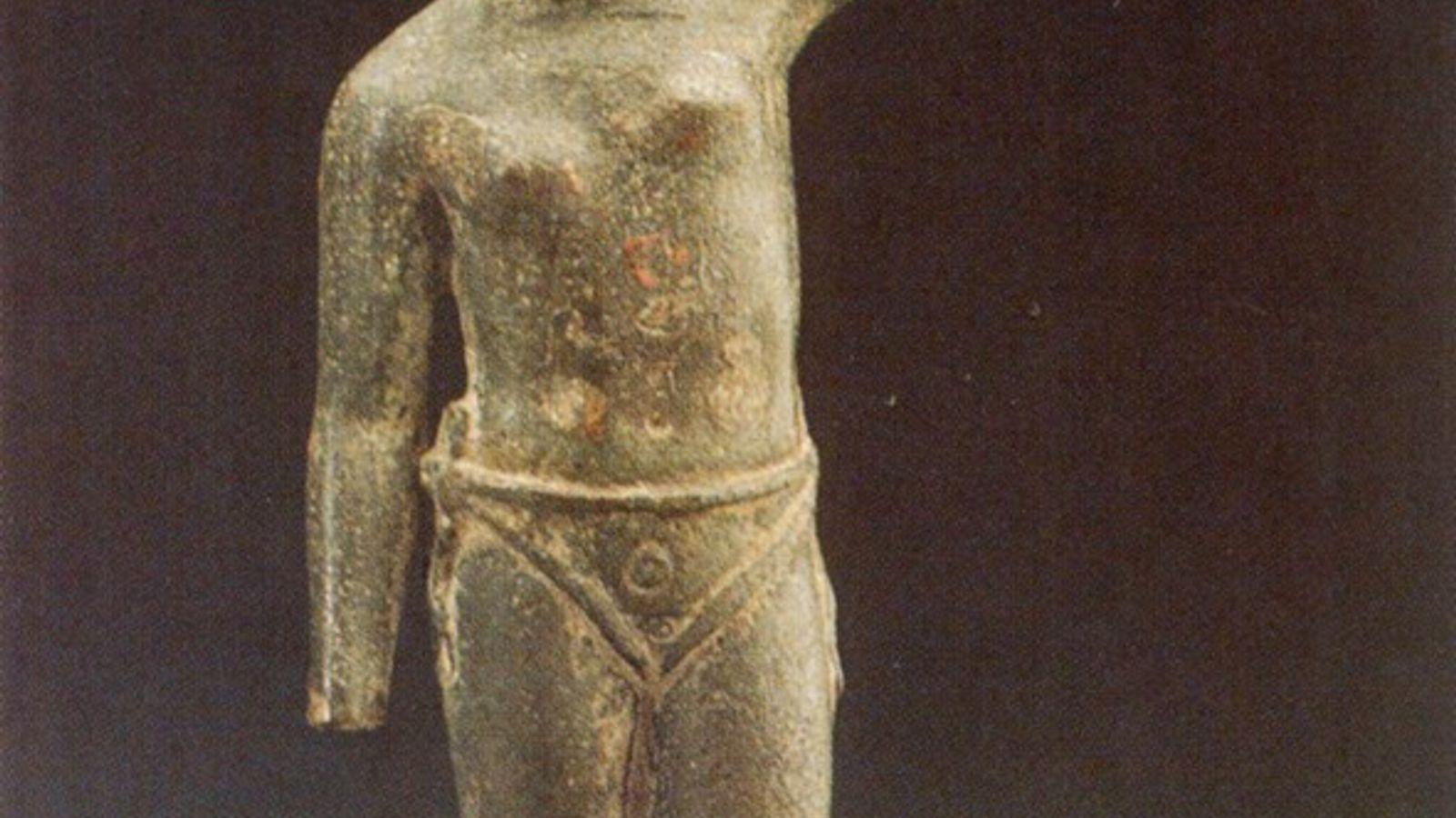 roman statue may depict female gladiator