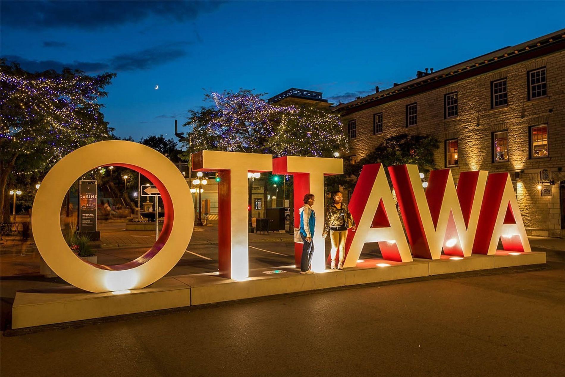 Der Ottawa-Schriftzug im Stadtteil ByWard Market ist ein perfekter Selfie-Spot.
