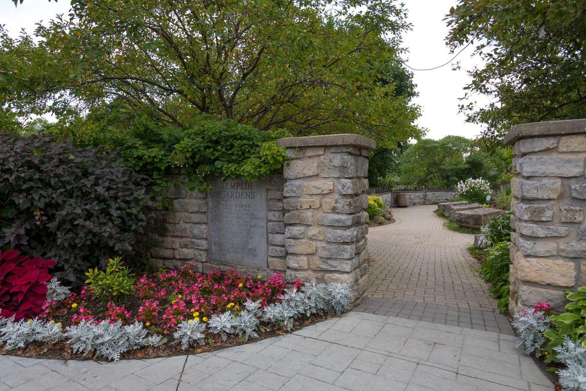 Die Templin Gardens wurden von John C. Templin als Geschenk an seine Frau errichtet, die eine ...