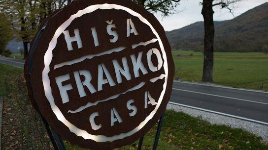 Bei Hiša Franko können erschöpfte Wanderer nach einer langen Reise einkehren und genießen.