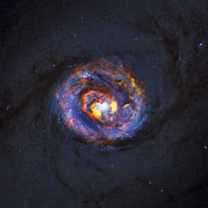 Schwarzes Loch Galaxie Materie