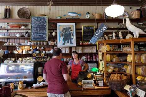 Nach einer Fahrt mit der LaHave-Fähre ist die LaHave Bakery ein idealer Zwischenstopp.