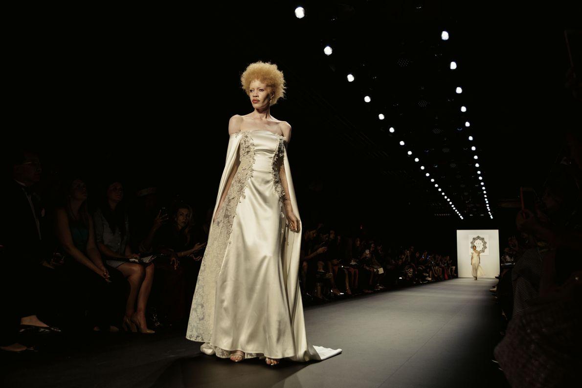 Model Diandra Forrest