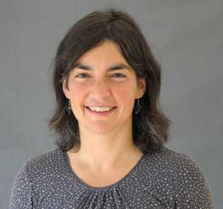 Prof. Dr. Anna Hirsch, Leiterin der Abteilung Wirkstoffdesign und Optimierung am HIPS.