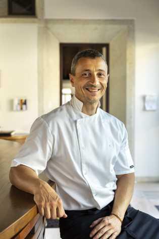 Chefkoch Gábor Horváth zaubert im Dorf Mád, im Herzen der Tokaj-Region, moderne ungarische Küche. Er eröffnete ...