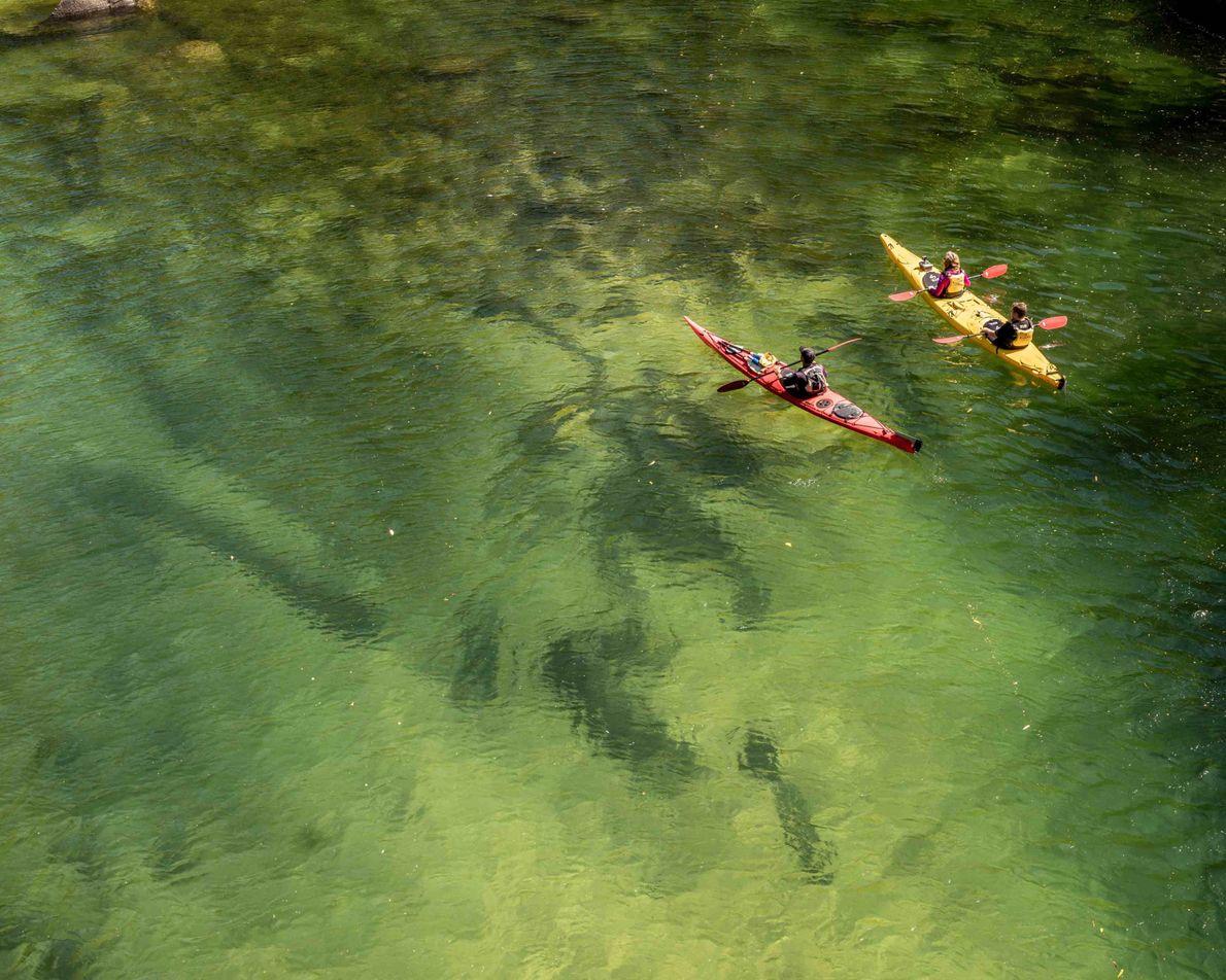 Das Kajak ist eines der beliebtesten Fortbewegungsmittel, um den Abel-Tasman-Nationalpark zu entdecken. Auf geführten Touren können ...