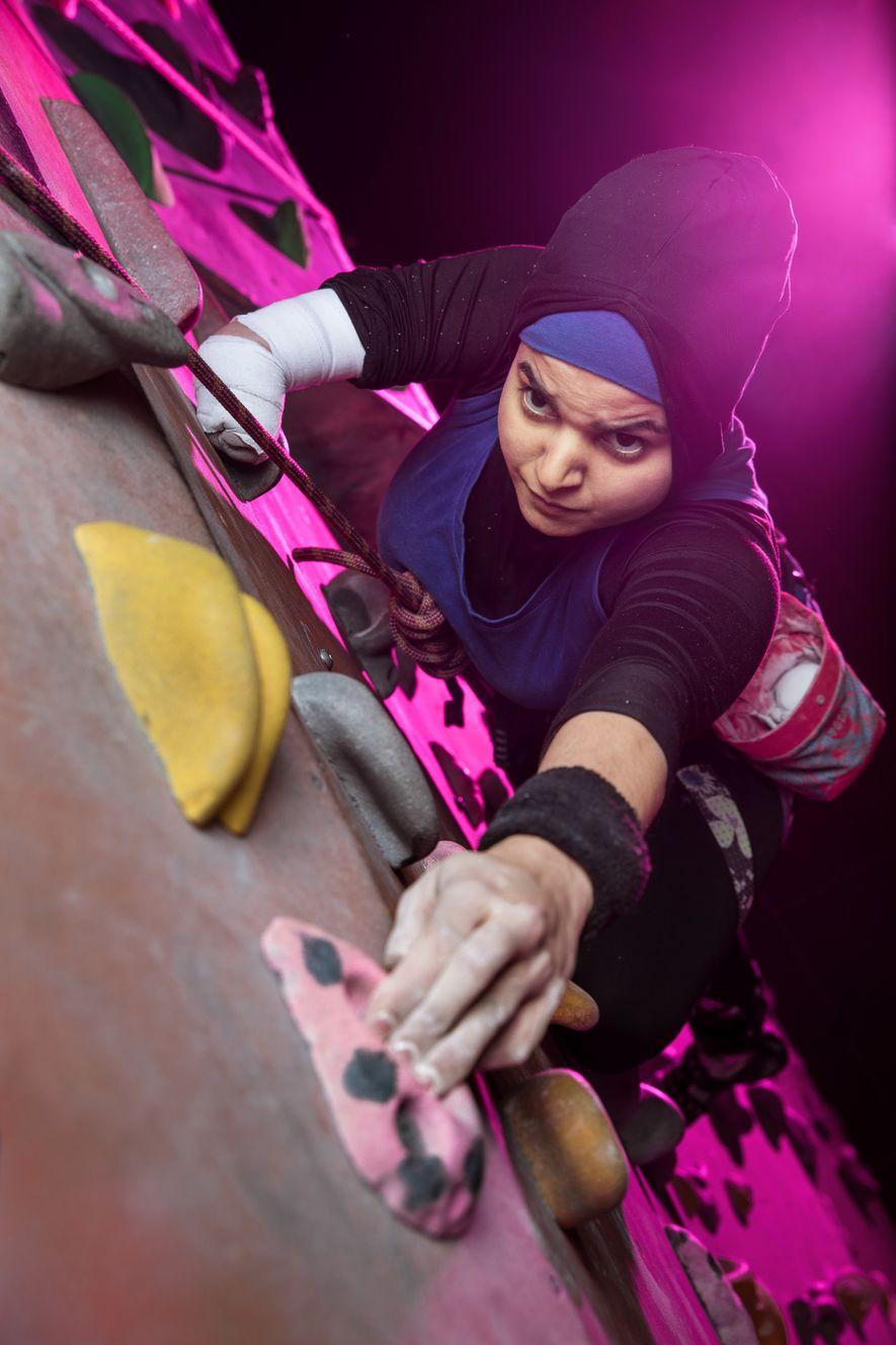 """Die britische Para-Kletterin Anoushé Husain gewann 2017 den """"Asian Women of Achievement Award"""" in der Sport-Kategorie ..."""