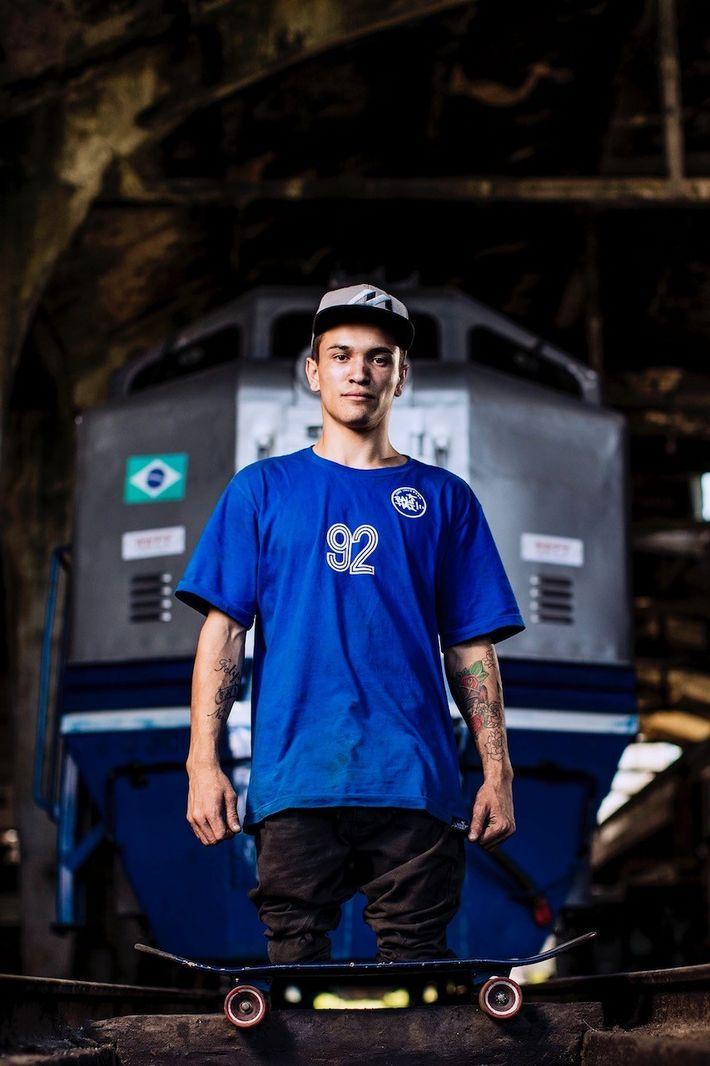 Der Sportfotograf fotografierte den brasilianischen Skateboarder Felipe Nunes, der bei einem Unfall als Kind seine Beine ...