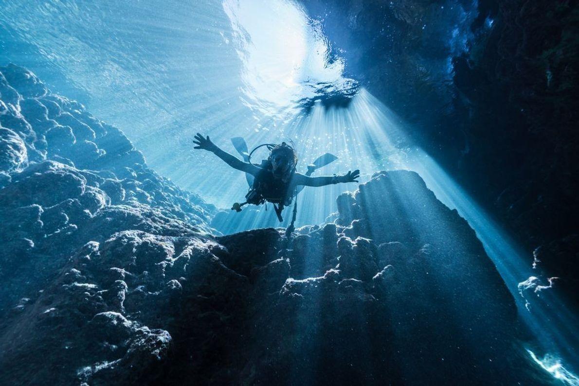 Cenotes – unter Wasser liegende Kalksteinlöcher – gibt es auch in Japan.