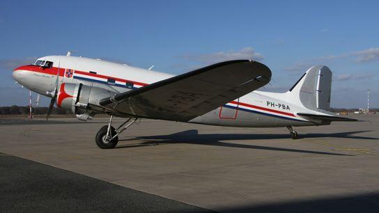 """Die DC-3 """"Prinses Amalia"""""""