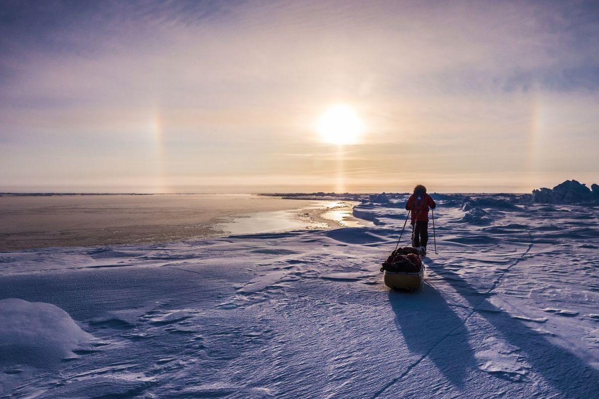 Der Eisfluss | Das Foto entstand während einer Expedition zum geografischen Nordpol im Jahr 2013. Der ...