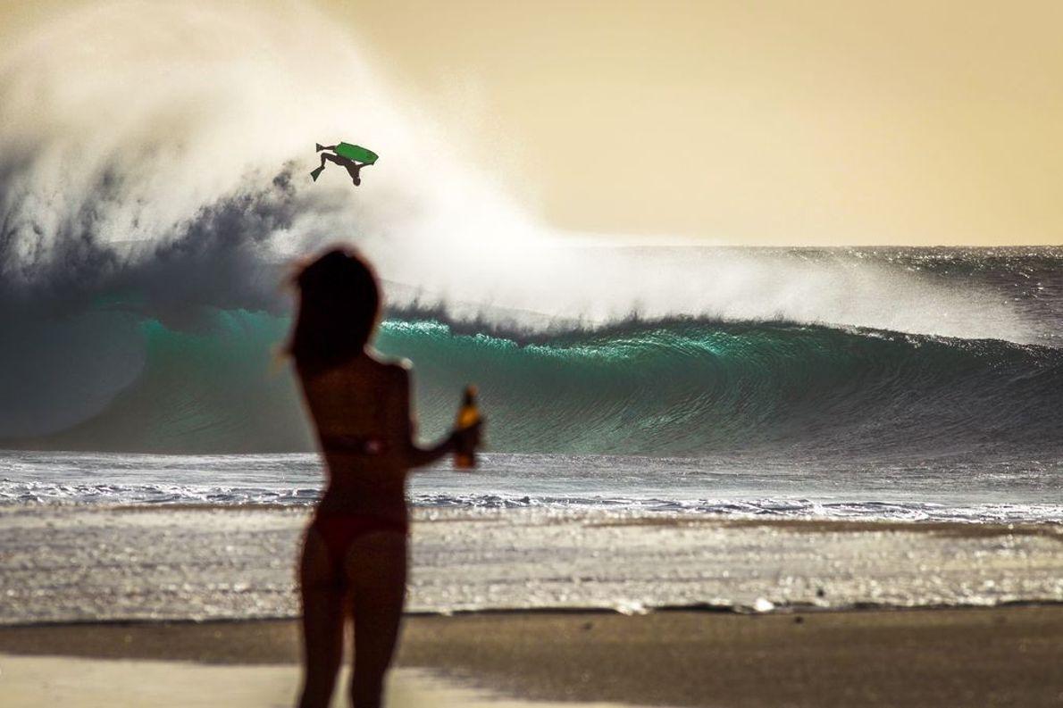 Surfer beim Sprung
