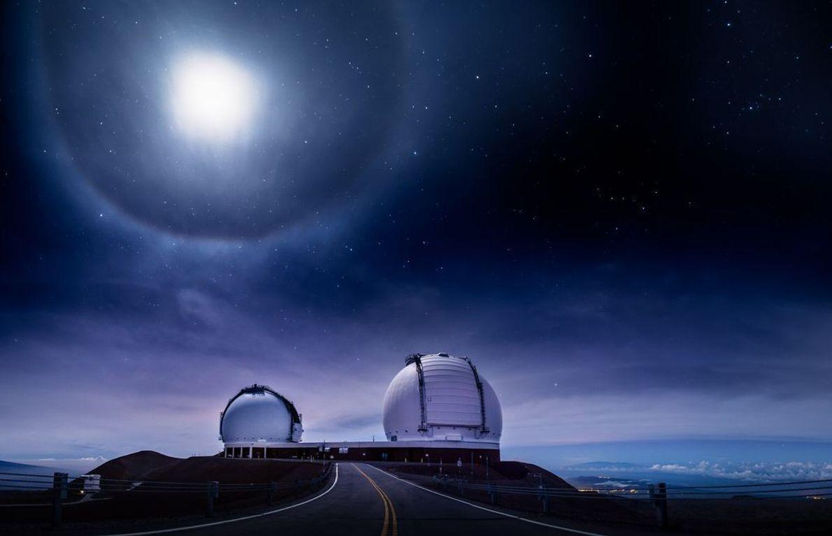 Mondfinsternis auf dem Vulkan Mauna Kea