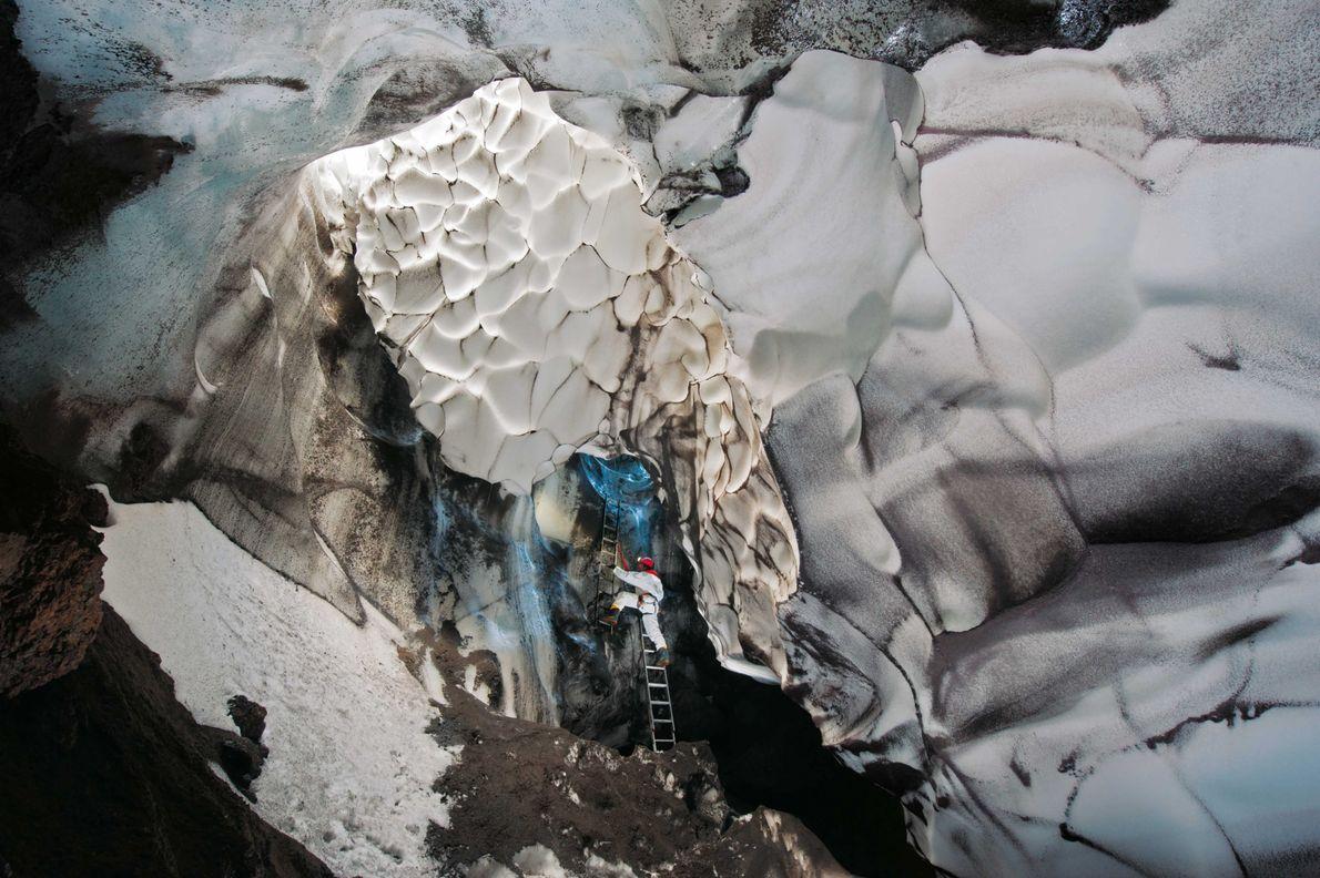 Warren-Höhle am Mount Erebus