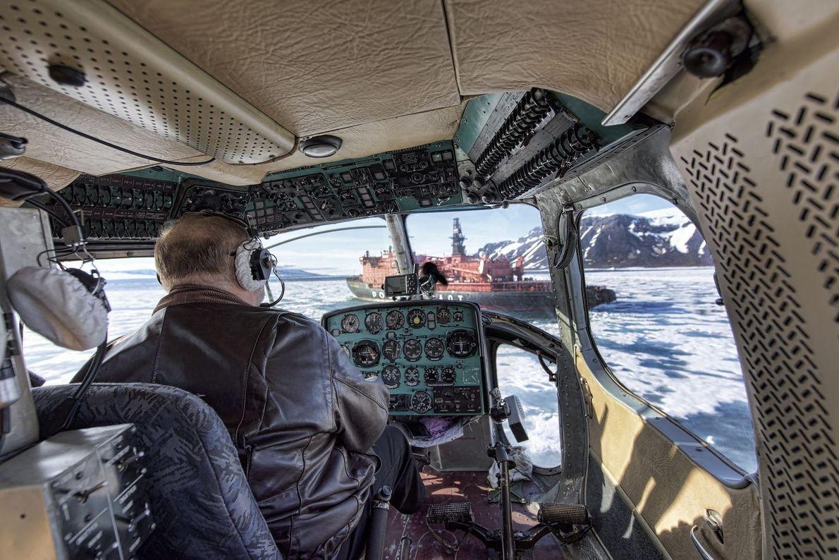 Flug über Franz-Josef-Land | Wenn man keine Drohne hat, um die Arktis zu erkunden, tut es ...