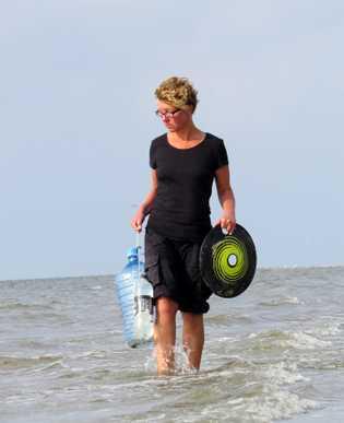 Jennifer Timrott von Küste gegen Plastik e.V.